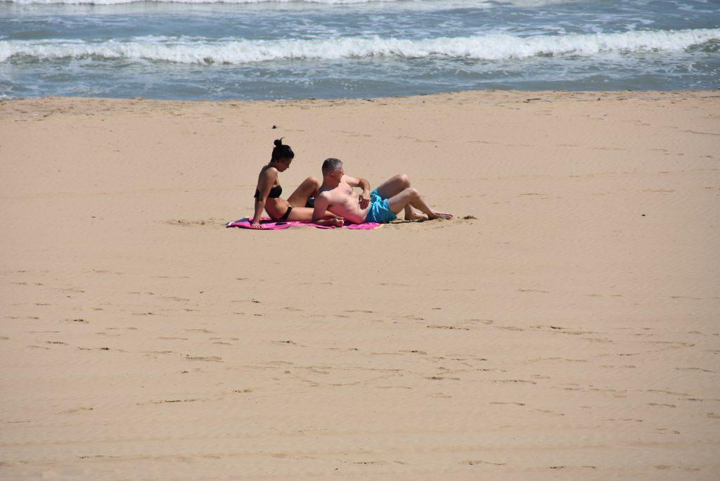 Spiagge libere, estate rovente sulla costa