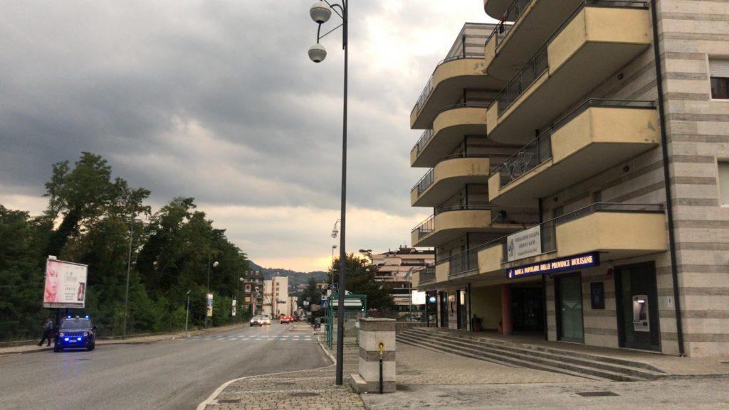 Migranti a Isernia, stop ad altri arrivi e una rigida quarantena per quelli gi? ospitati