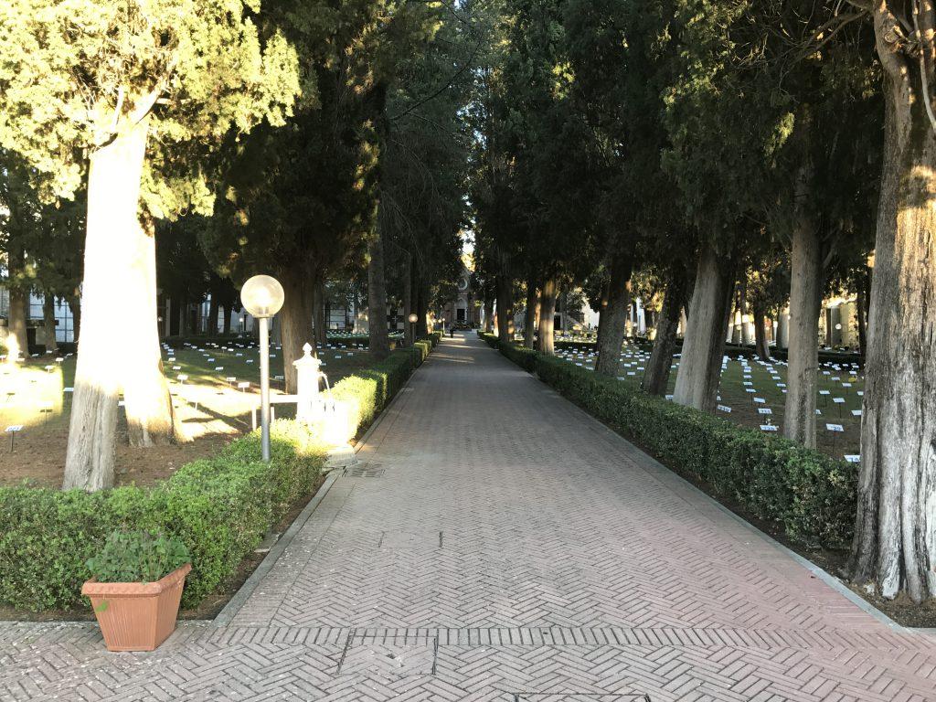 Covid, troppi contagi: a Castelpetroso cimitero off limits nel week-end