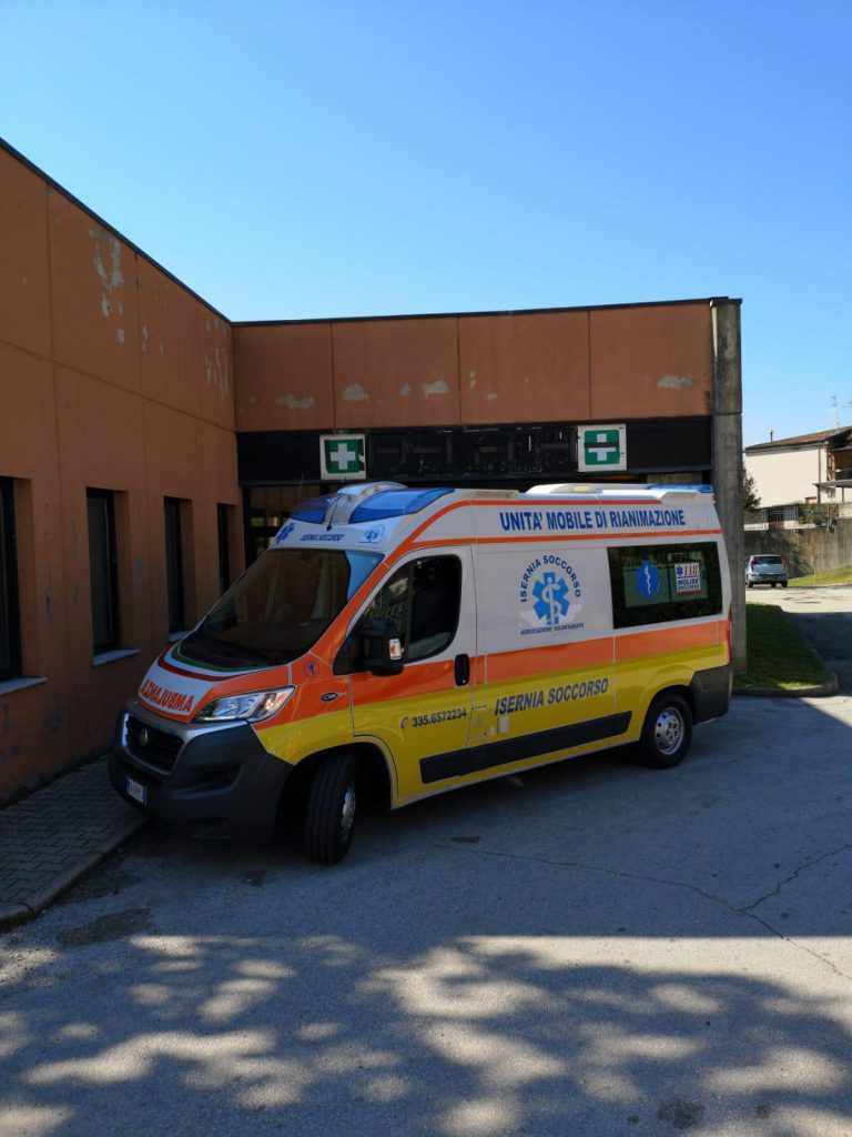 Pazienti Covid e sospetti, le direttive di Asrem: il trasporto tocca al 118