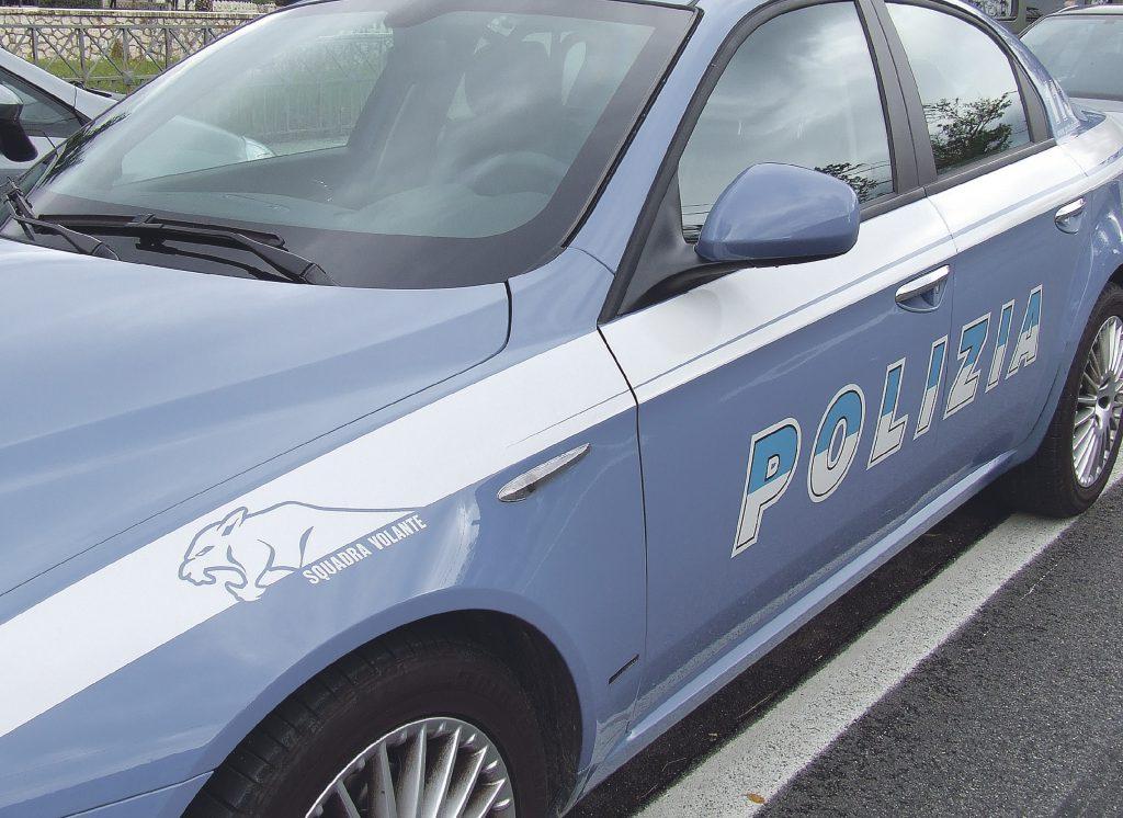Campobasso, «mio marito sta male, ha bisogno di ossigeno»: in soccorso dell'uomo arriva la Polizia